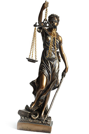 This statute of Lady Justice is blindfolded just like the laws that govern Louisiana Boating, which apply to you regardless of who you are. If you violate these laws, you will be held liable for the injuries suffered by others.